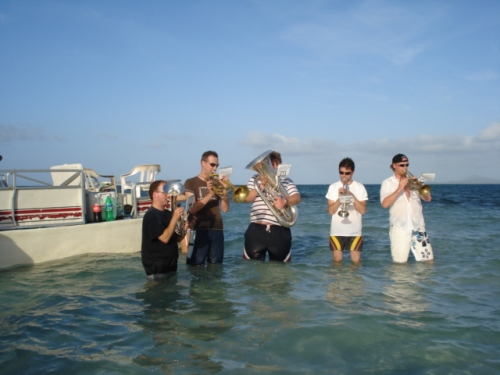 Joy and Fun at Media Luna - one of our special trips for to enjoy paradise ...